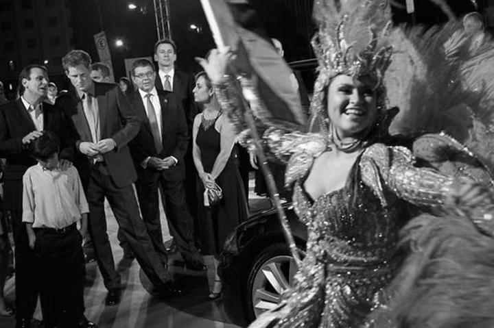 De la visita del príncipe Harry a Brasil: El mundo al revés | internacional