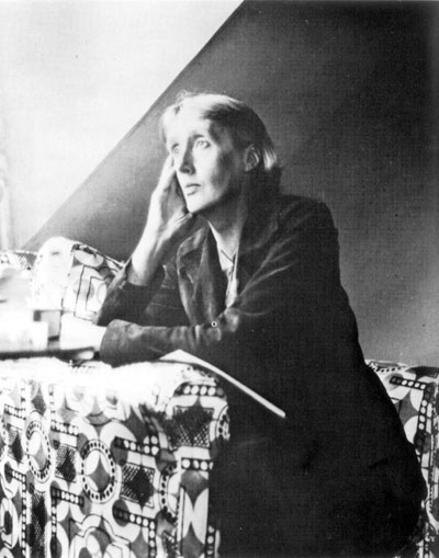 """Virginia Woolf (1882-1941), en los años treinta. / THE GRANGER COLLECTION (AGE FOTOSTOCK). (""""El País"""")"""