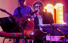 Iván Ferreiro, conciertos y canciones para el tiempo y la distancia. De vuelta a Casa en la Riviera.