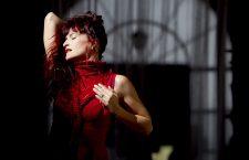 JVlia Fadetoblack – Cap. 1: 56Rojo de María J. Villar en Mes de Danza