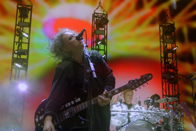 The Cure Live en Hyde Park: Nostalgia de carmín rojo y sombras negras