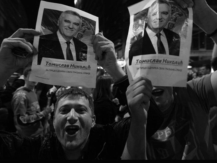 El futuro de Serbia tras la victoria del conservador Nikolić