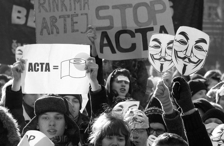 Tres comisiones del Parlamento Europeo rechazan el acuerdo anti-piratería