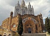 x4duros-viajes-barcelona-revista-achtung