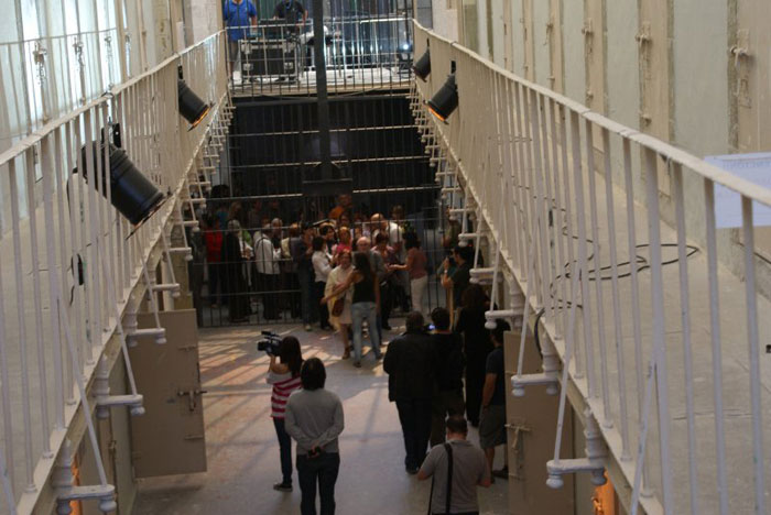 Público asistente a Microteatro por dinero en Madrid