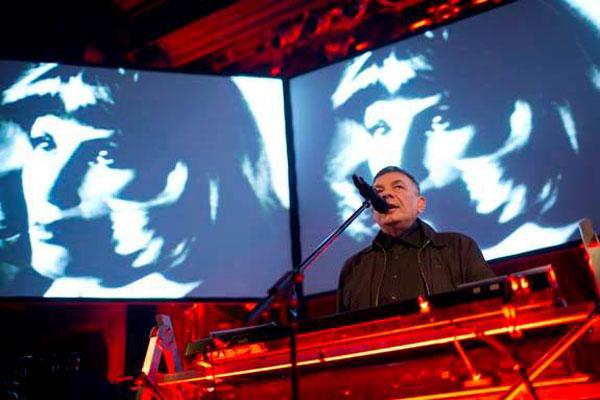 De Karl Bartos, Kraftwerk y el círculo en Hamburgo