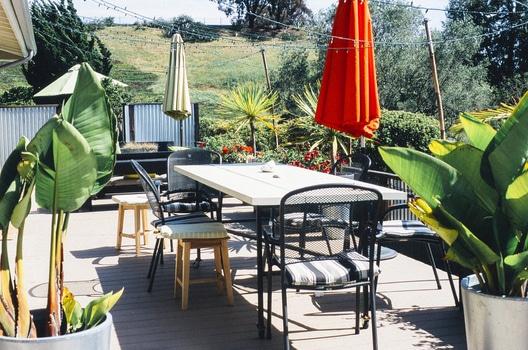 garden-table-terrace-medium