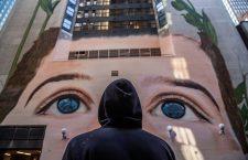 Jorge Rodriguez-Gerada contra la esclavitud y trata infantil en el mayor mural de Nueva York