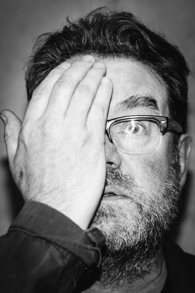Vaughan Oliver por Luca Giorietto
