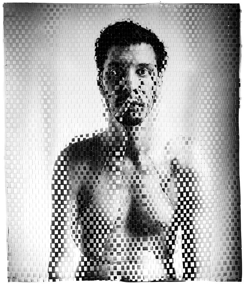 Anxiety, 2020 Impresión de pigmento de archivo tejido a mano, 73.3 x 61.3 cm