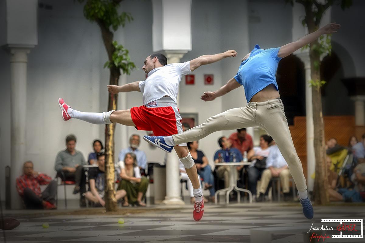 El Olimpo no es aquí, El Punto! Danza Teatro. AHORA DANZA! #5 CICUS Foto Juan Antonio Gámez