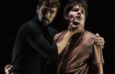 Solo a tres en el Teatro Távora, nos proporcionará un tiempo para el disfrute de la danza